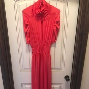 Dress in pink/coral